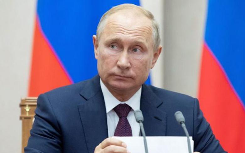 بوتين يعلن إطلاق «خطة دولية» للتسوية النهائية في سوريا