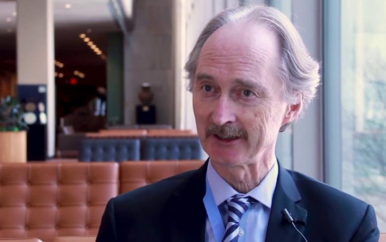 بيدرسن يحث موسكو على إنجاح اجتماعات «الدستورية» السورية