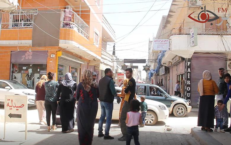 اطباء كوبانيون يشاركون معاناة الناس ويقدمون خدماتهم الطبية مجاناً