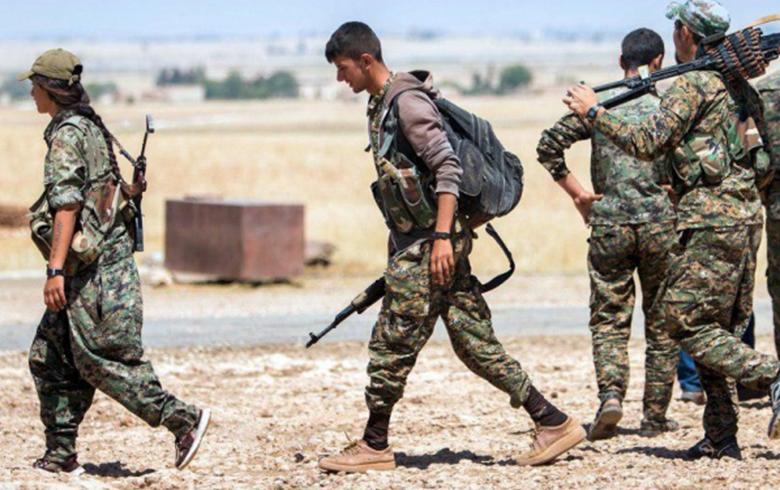 الأكراد يرفضون «ممراً آمناً» لـ«داعش» لإخلاء شرق الفرات
