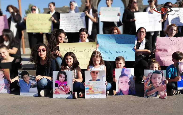 صبايا ونساء شهبا يصرخنّ في وجه الغدر ويطالبن بالمختطفين من قبل داعش