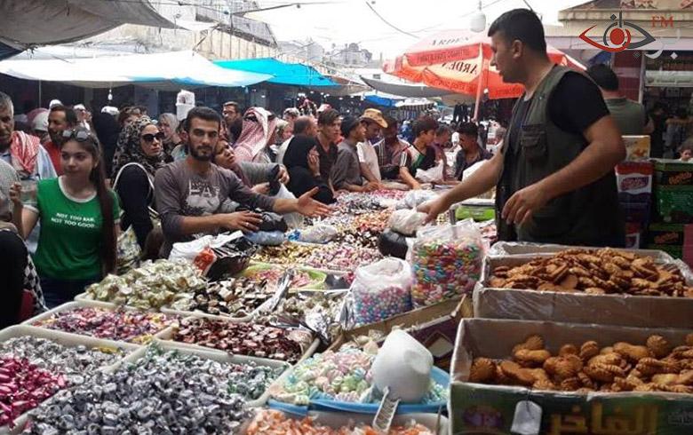 مع اقتراب قدوم العيد كانت لنا جولة في السوق لمعرفة الأجواء والحركة