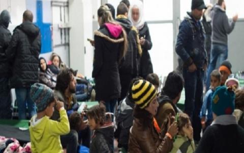 بعد ثماني سنوات من الحرب... اللاجئون السوريون «عبء» يرهق دول الجوار