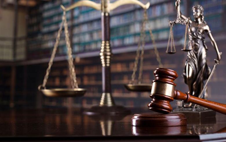 «ثغرة غودل» الدستورية… وسدّ الطرق على الاستبداد
